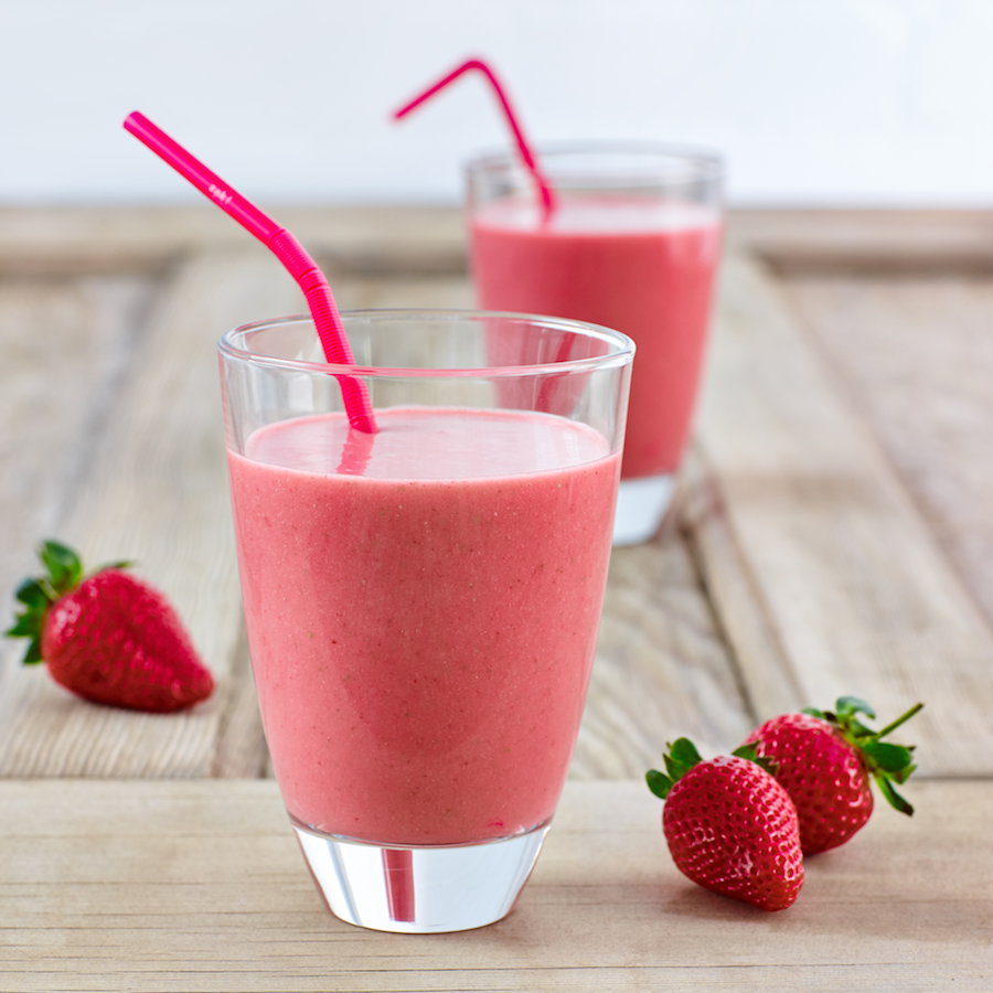 Berry and Almond Smoothie Recipe - Nutrition Dynamics